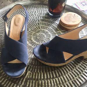Clarks Wedges Sandals Blue Leather Sz 8.5